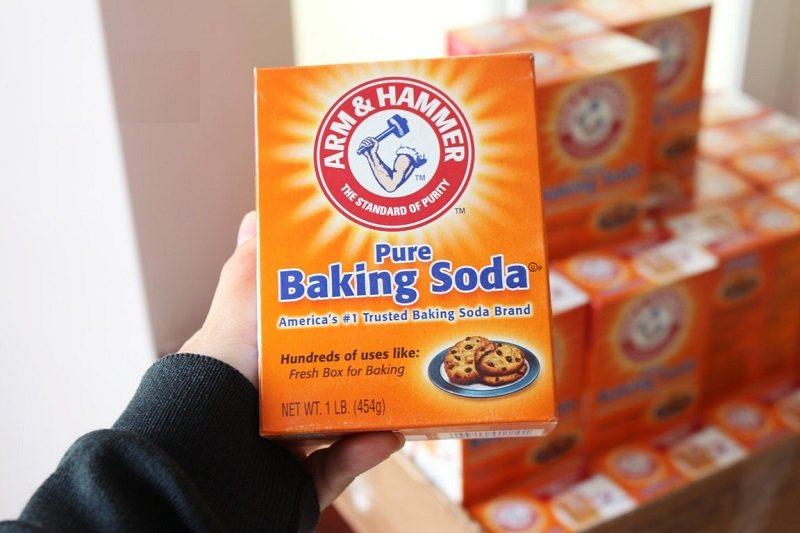 Baking soda giúp cân bằng độ pH và giảm nhanh triệu chứng răng nhạy cảm
