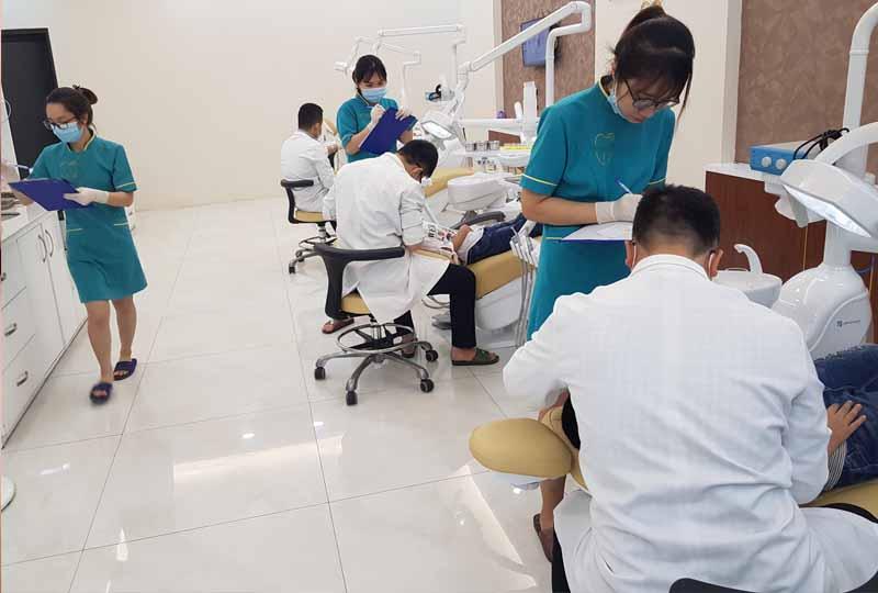Thương hiệu nha khoa cũng là yếu tố ảnh hưởng đến chi phí niềng răng