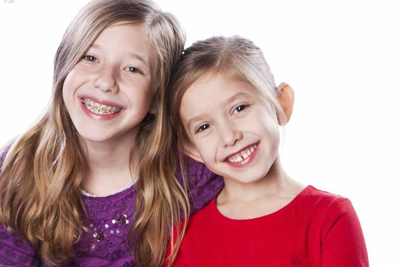 Niềng răng cho trẻ càng sớm càng tốt