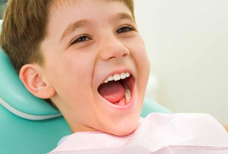 Phương pháp niềng răng bằng hàm trainer tại nhà phù hợp với trẻ nhỏ