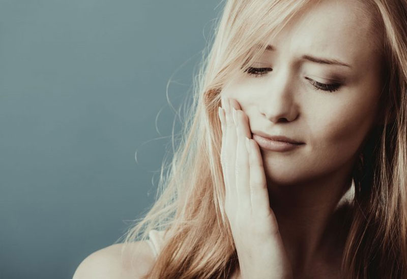 Niềng răng sai cách có thể dẫn tới nhiều nguy cơ, biến chứng nguy hiểm
