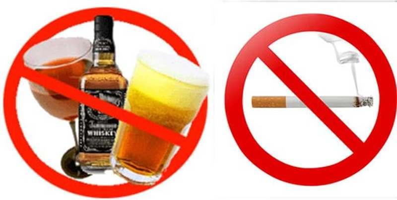 Thường xuyên sử dụng rượu bia và hút thuốc lá sẽ tạo điều kiện để mảng bám hình thành trên răng gây ra viêm lợi hôi miệng.