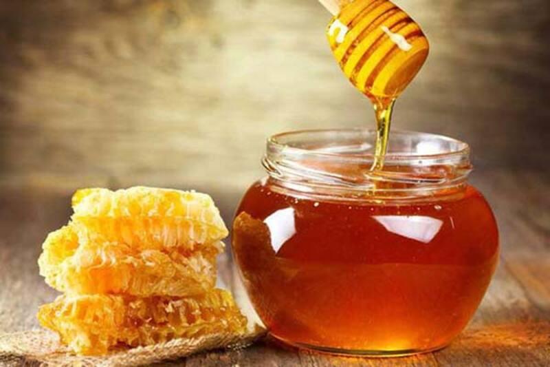 Mật ong công dụng tốt cho sức khỏe tổng thể và sức khỏe răng miệng của nhiều người