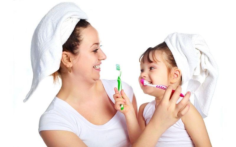 Chăm sóc răng miệng hàng ngày để phòng ngừa sâu răng