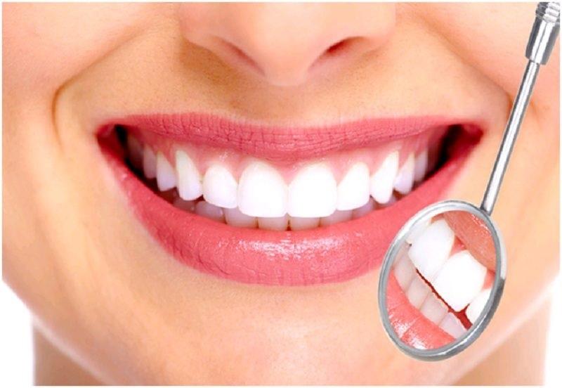 Bọc răng sứ cho răng mọc lệch có thể mang lại cho bạn một nụ cười tự tin hơn