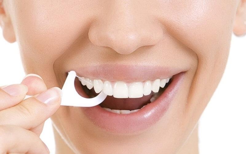 Vệ sinh sạch sẽ giúp tăng độ bền và ngăn ngừa bệnh lý răng miệng